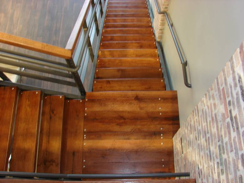photo oak landing and stairs 3 x 12 oak stair treads and oak hand rails