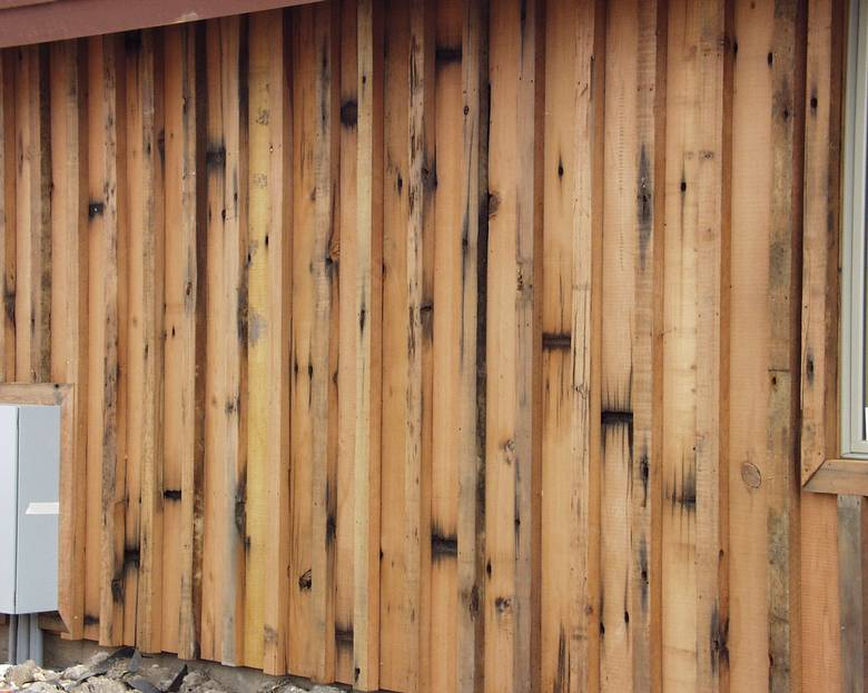 Photo 1386 Trestle Redwood Siding Board And Batten