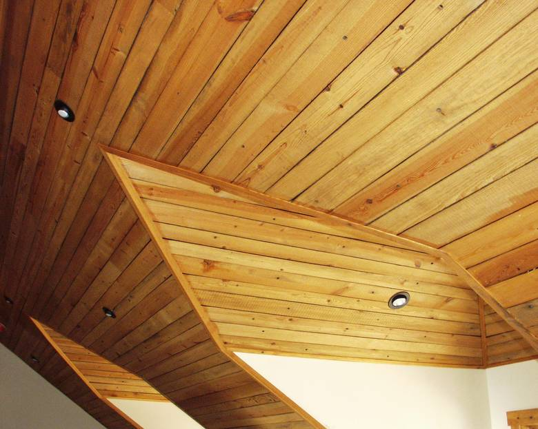 Photo 1663 Southern Yellow Pine Ceiling