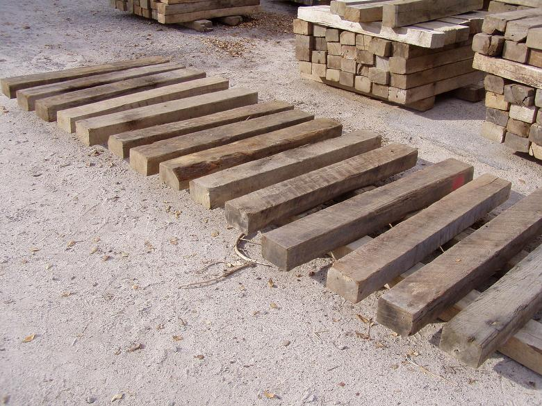 Weathered Oak Timbers:  4x6 x 4' Blocks (sorted for fuller dimension and minimal checking)