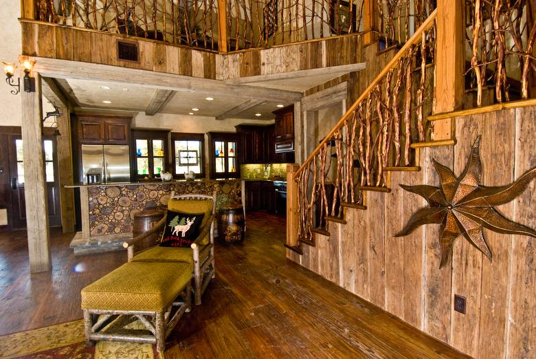 Mushroomwood Paneling / Mushroomwood Paneling