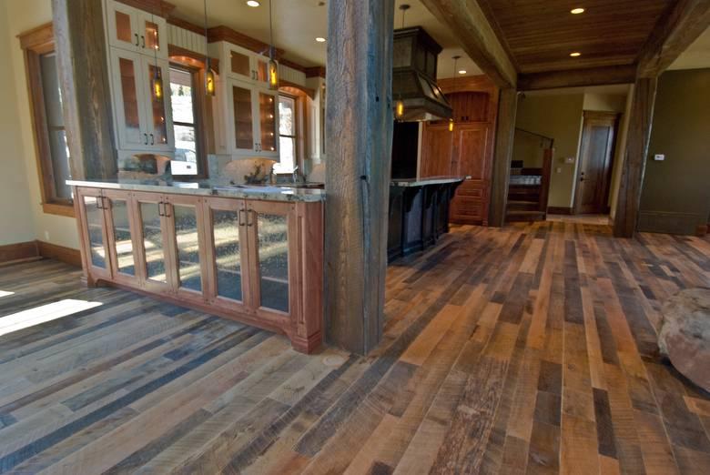 Photo 10725 Mixed Hardwoods Skip Planed Flooring
