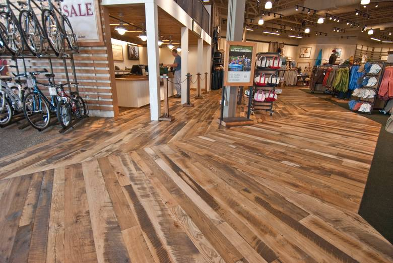 Photo 11066 trailblazer mixed hardwood skip planed for Hardwood flooring stores