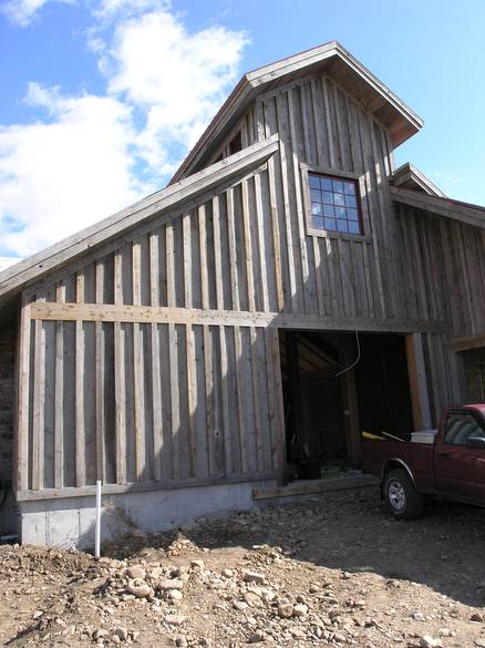board and batten siding barn. photo #11600 - coverboard siding / board and batten barn