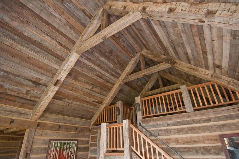 Photo 11653 Hewn Timbers And Barnwood Ceiling