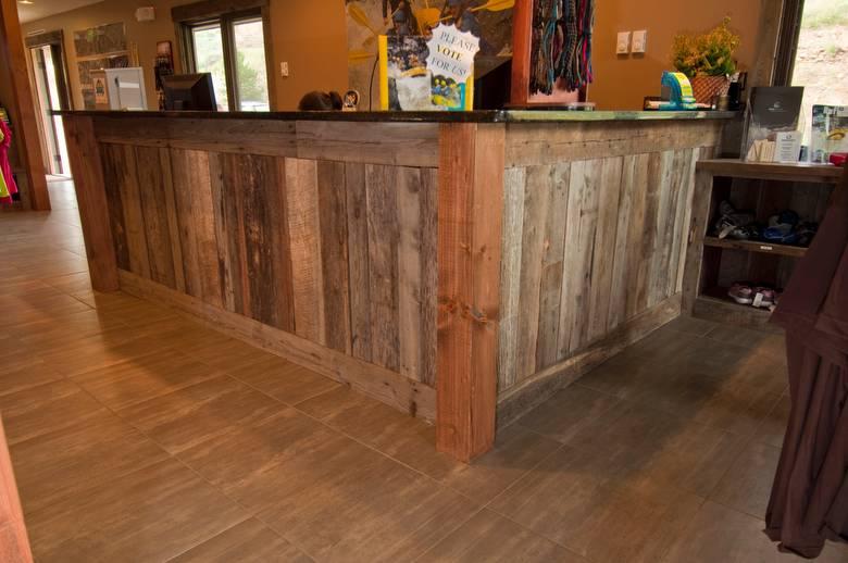 Photo 13659 Mixed Barnwood Lumber For Cabinets Display