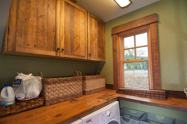 Photo #22298 - Barnwood Window Trim and Cabinets