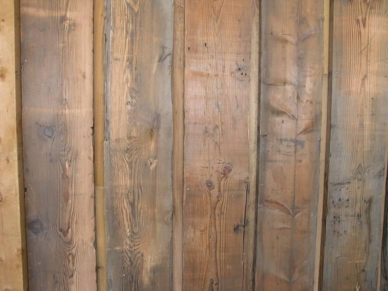 Photo barnwood siding reverse board and bat