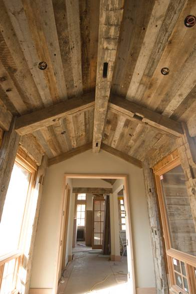 Photo 7453 Hand Hewn Timbers And Gray Barnwood Ceiling