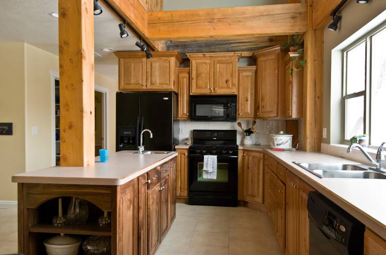 rustic cherry kitchen cabinets photo 9283 rustic cherry kitchen cabinets 25737